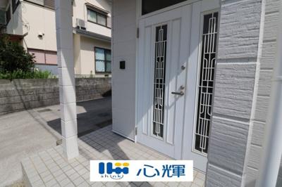 【玄関】防府市牟礼 中古2階建