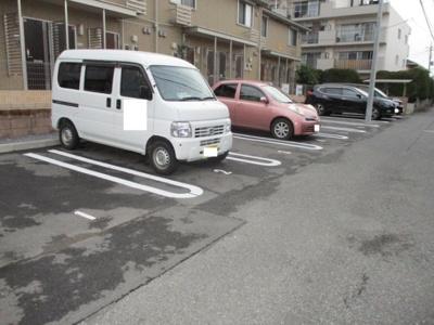 【駐車場】グレイスコート