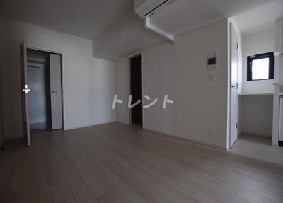 【居間・リビング】ライトテラス秋葉原