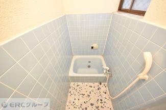 昔ながらのお風呂ですが、追い炊き機能も付いています。