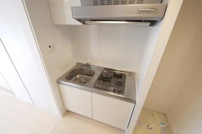 2口コンロのシステムキッチンでお料理も出来ます