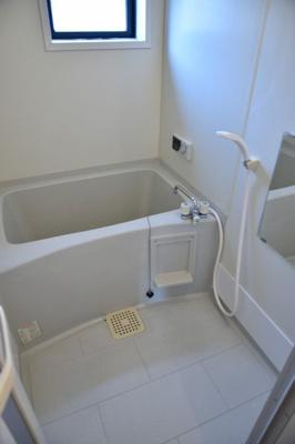 【浴室】ラフィーネ安野A
