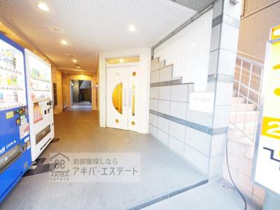 【エントランス】メインステージ秋葉原駅前