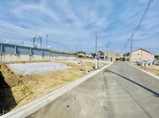 【前面道路含む現地写真】【販売開始】大型分譲住宅 中島