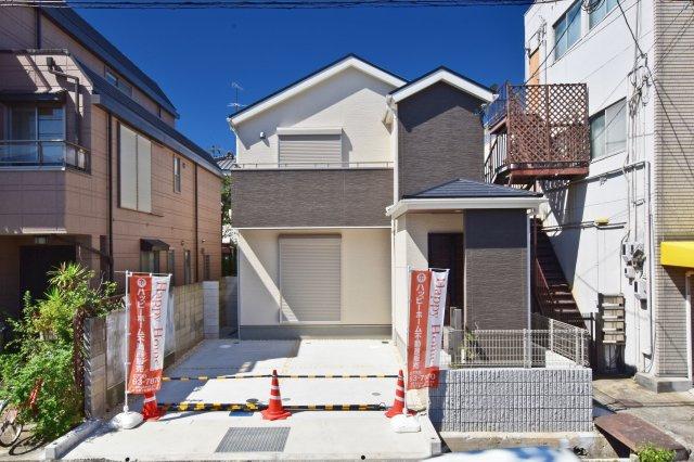 ゆとりある敷地に建つ、耐震等級3級の安心住まい「すまいーだ」限定1区画でのご紹介です。