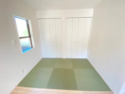 和室ならではの温かな和の空間で寛ぎの時間を過ごせます