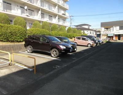 【駐車場】町田コープタウン18号棟