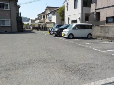 【駐車場】ファミリー夏