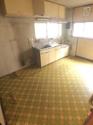 【キッチン】堺市北区南花田町 中古戸建 1080万