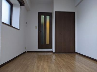 洋室6帖のお部屋になります。