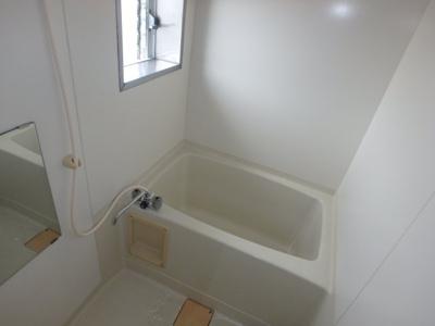 大島 ビバリーガーデン大島A 2DK 風呂