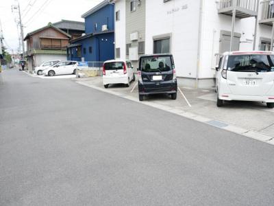 【駐車場】シュテルン本郷