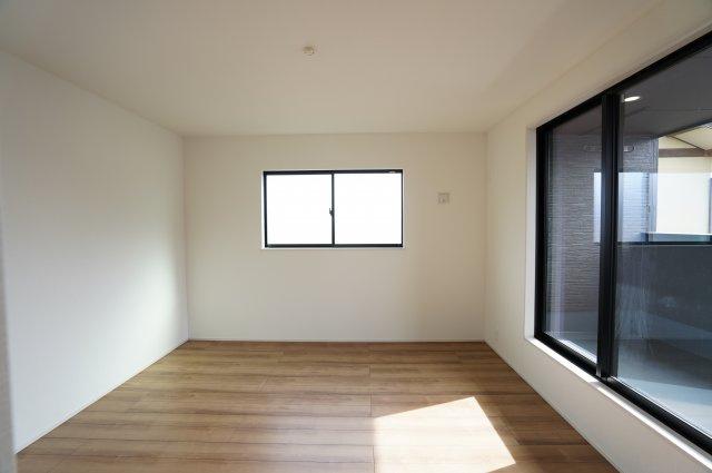 【同仕様施工例】7.5帖の洋室です。