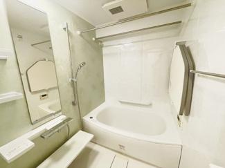 メイゾン千葉 清潔感のあるシャワートイレです♪
