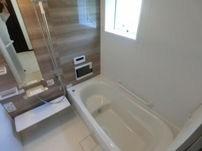 【浴室】土浦市乙戸南3丁目 新築戸建 2号棟
