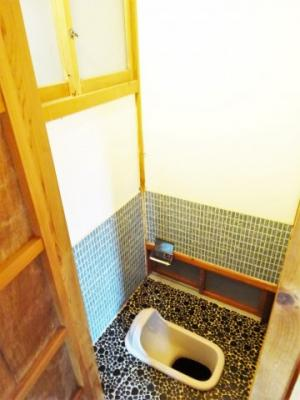 トイレ(建物1)