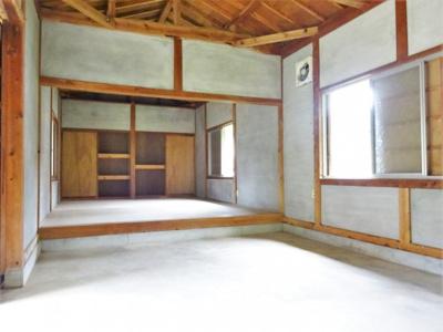 室内(建物3)