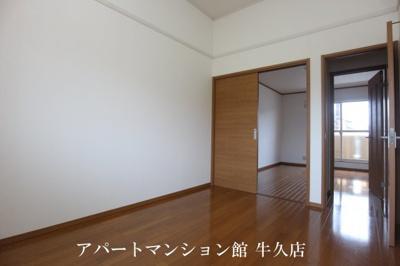 【洋室】ブルーラグーン