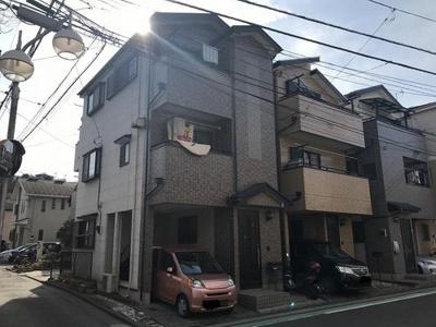 JR横須賀線「保土ケ谷」駅徒歩圏内の立地です。