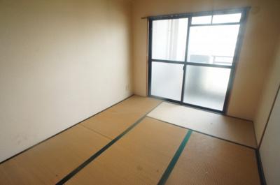 【寝室】ラ・フォーレ平野