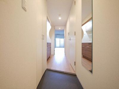 【玄関】セレニテ堺筋本町プリエ
