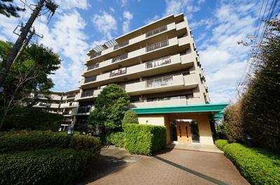 相鉄本線「和田町」駅より徒歩約10分の立地です。
