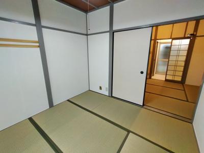 【居間・リビング】玉串町東2丁目貸家