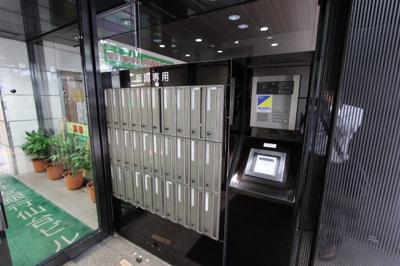 【エントランス】三井住友銀行仙台ビル