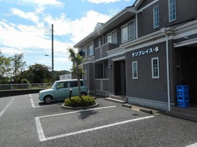 【駐車場】サンプレイス6