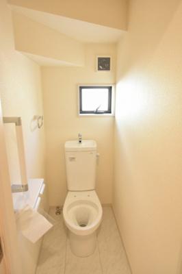 【トイレ】鴻巣市天神2丁目 新築分譲住宅全2棟