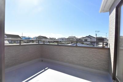 【バルコニー】鴻巣市天神2丁目 新築分譲住宅全2棟