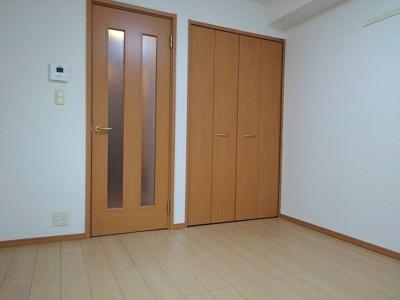 【寝室】ソレイユ横濱