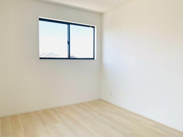 【同仕様施工例】6.5帖尾の洋室です。