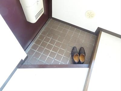【玄関】カーサコジマ