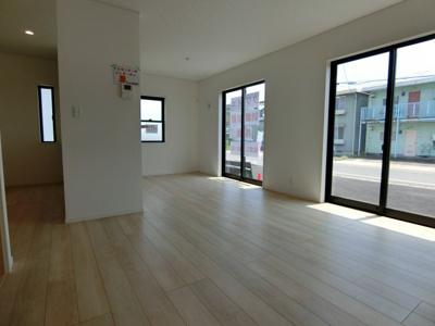 【居間・リビング】潮来市日の出 第6 新築戸建 4号棟