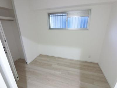 3.6帖の洋室です。 子供部屋やワークスペースとしても活用できます。