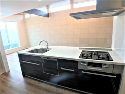 広々としていて、使いやすいキッチンです。