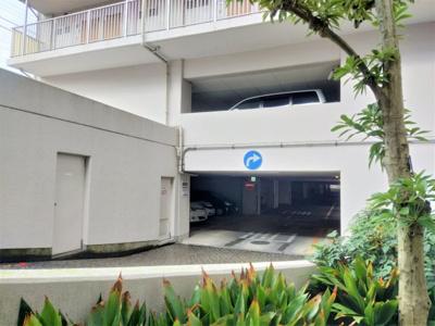 駐車場は要空き確認です。