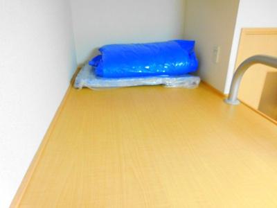 【寝室】レオパレスカリオストロ