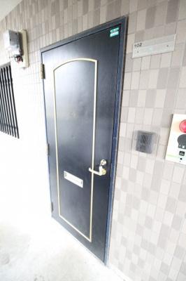【玄関】礼可ハイツ