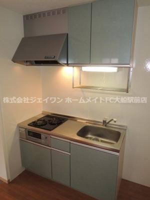 【キッチン】ウエスト・ベルグ鎌倉D