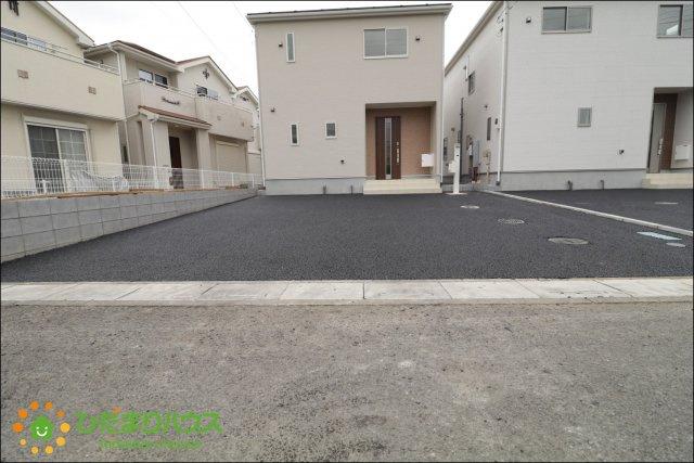 駐車スペース2台分ご用意しております。