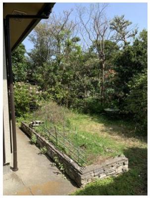 【庭】藤沢市鵠沼松が岡5丁目 一戸建て