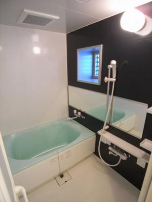 【浴室】プリオーレ三宮