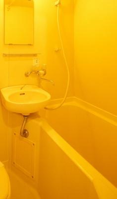 「バスルーム」