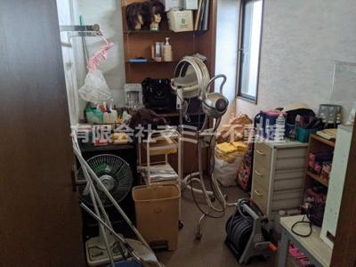 【収納】日永4丁目美容室居抜店舗