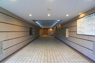 清掃や修繕計画もしっかりと管理のされたマンションです。 安心・安全・快適にお過ごしください