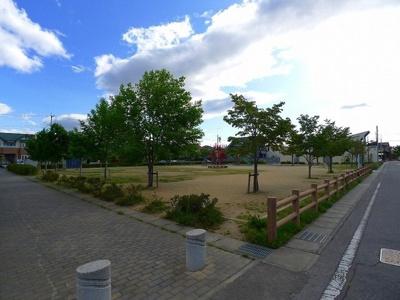 ひまわり公園まで110m