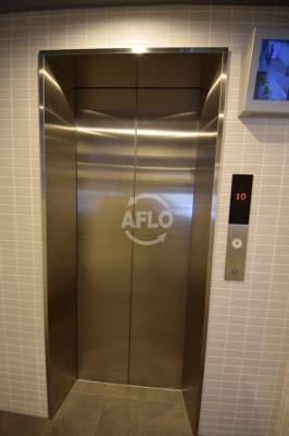 C.COLOR南新町 エレベーター