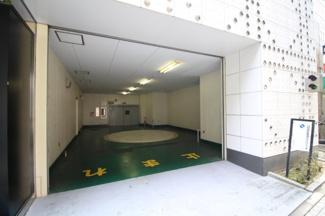 【駐車場】新明海ビル